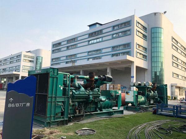 蚌埠某电子厂出租两台800KW康明斯发电机